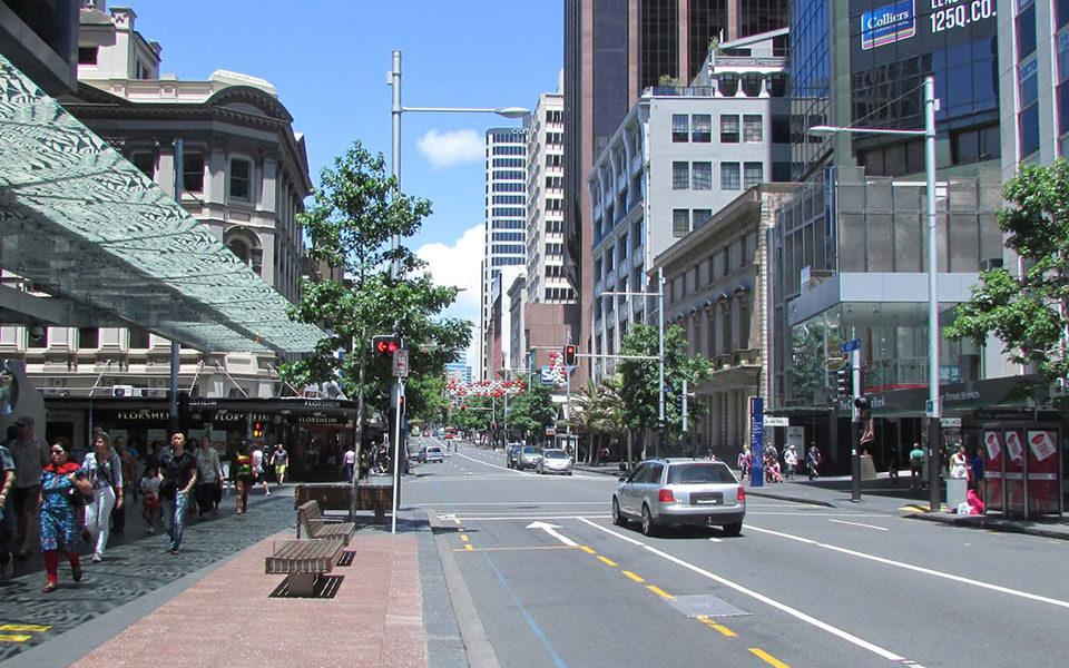 Улица Queen Street в Окленде