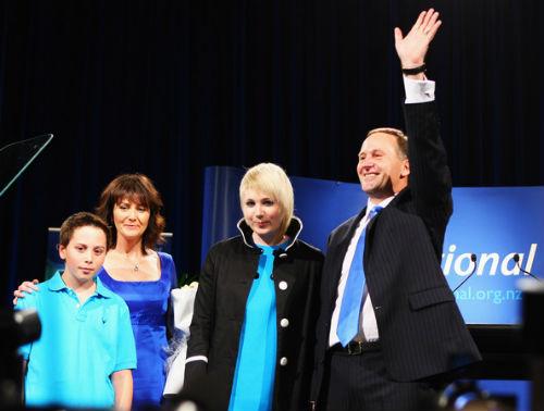 Джон Ки с женой Броной и детьми Штефи и Максом