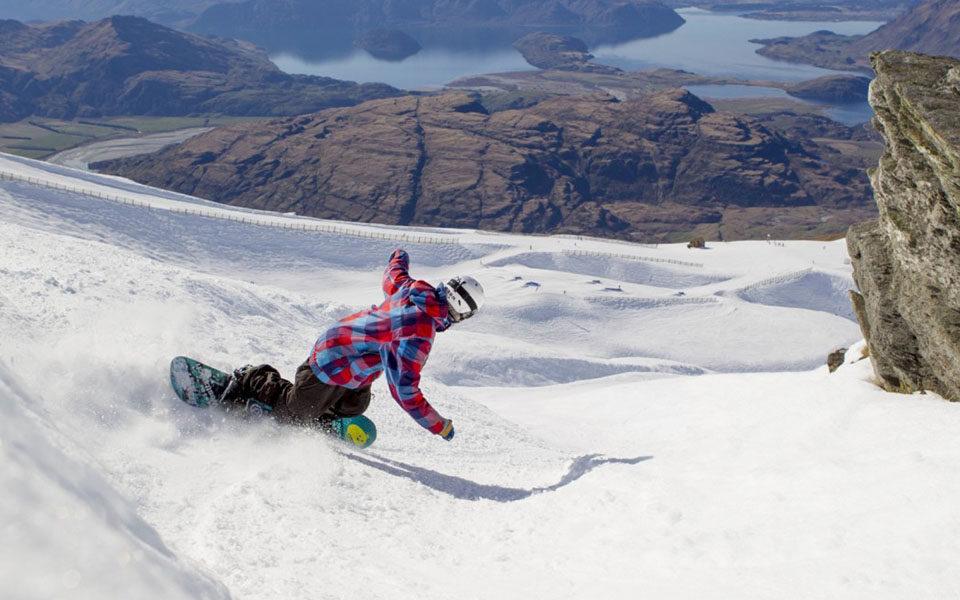 Сноубордист на трассе