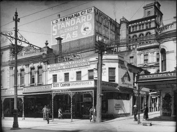 Вход на Vulcan Lane со стороны Queen Street, 1917 год