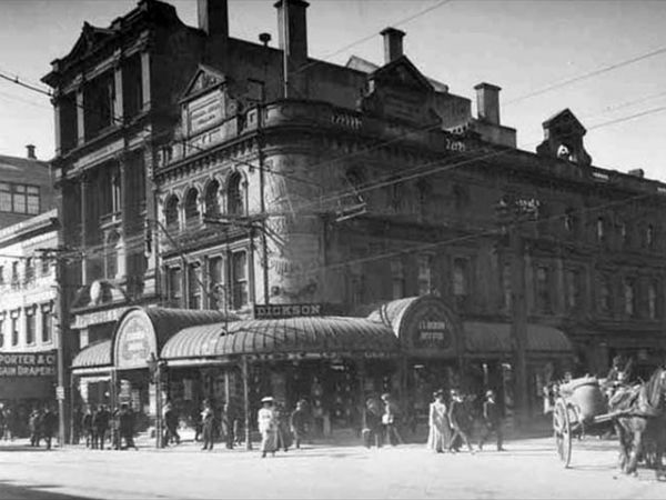 Угол Queen Street и Fort Street, 1912 год.