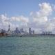 Вид на Окленд и порт